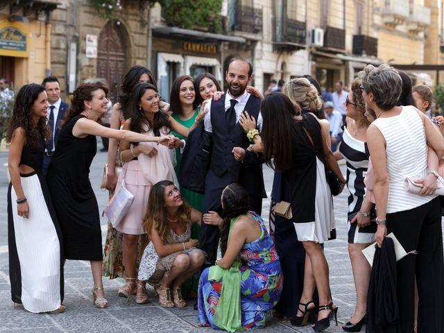 Il matrimonio di Mario e Laura a Caltanissetta, Caltanissetta 30