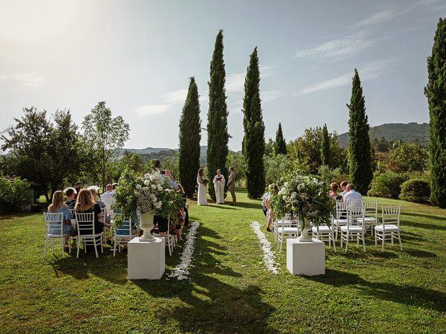 Il matrimonio di John e Sunna a Todi, Perugia 26