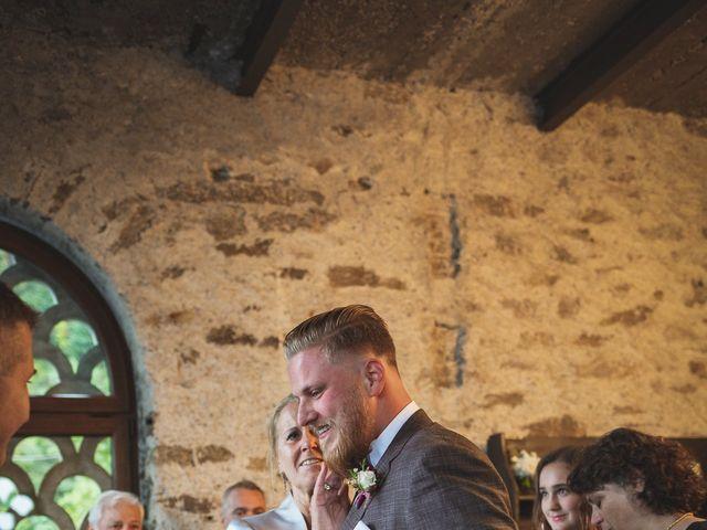 Il matrimonio di Gregory e Nadine a Luino, Varese 35