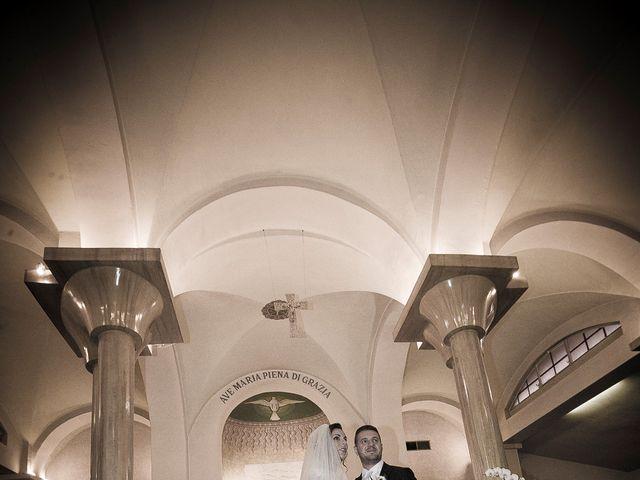 Il matrimonio di Roberto e Cristina a Rho, Milano 8