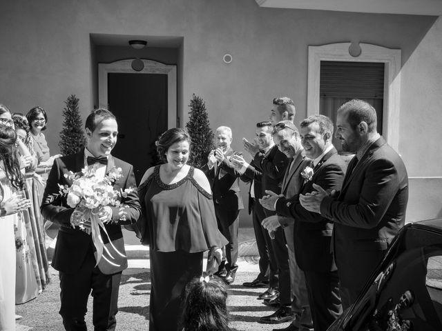 Il matrimonio di Luca e Vanessa a Crotone, Crotone 15