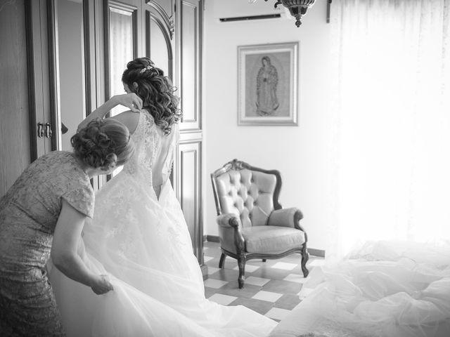 Il matrimonio di Luca e Vanessa a Crotone, Crotone 32