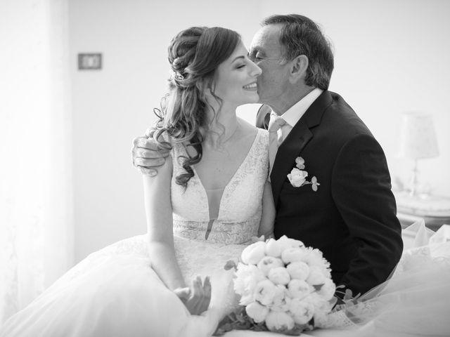 Il matrimonio di Luca e Vanessa a Crotone, Crotone 51