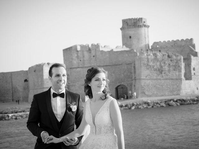 Il matrimonio di Luca e Vanessa a Crotone, Crotone 99