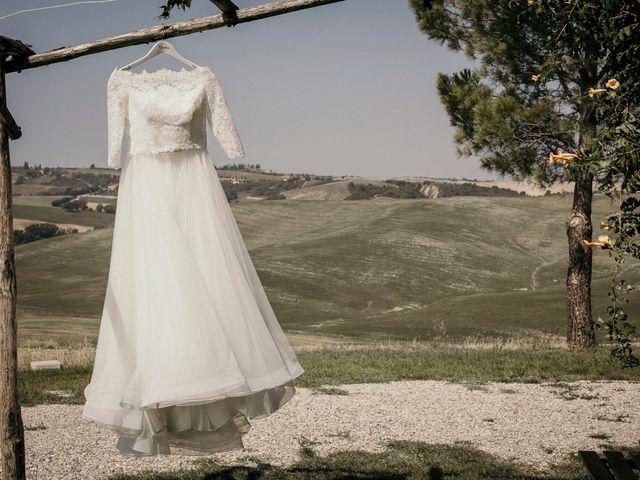 Il matrimonio di Valerio e Claudia a San Quirico d'Orcia, Siena 18