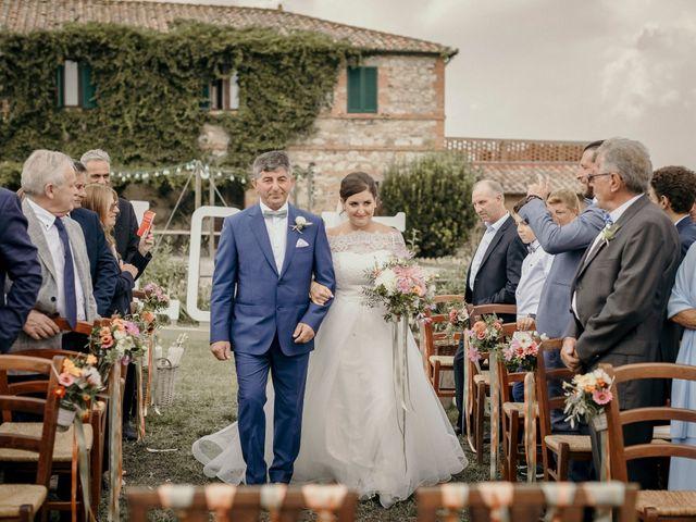 Il matrimonio di Valerio e Claudia a San Quirico d'Orcia, Siena 44