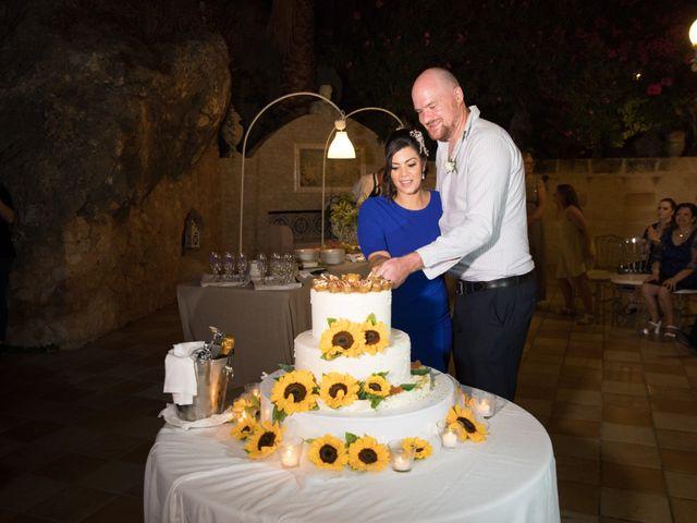 Il matrimonio di Ian e Laura a Trapani, Trapani 32