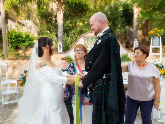 Il matrimonio di Ian e Laura a Trapani, Trapani 57