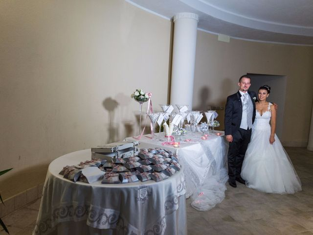 Il matrimonio di Massimo e Sofia a Rocca di Neto, Crotone 14