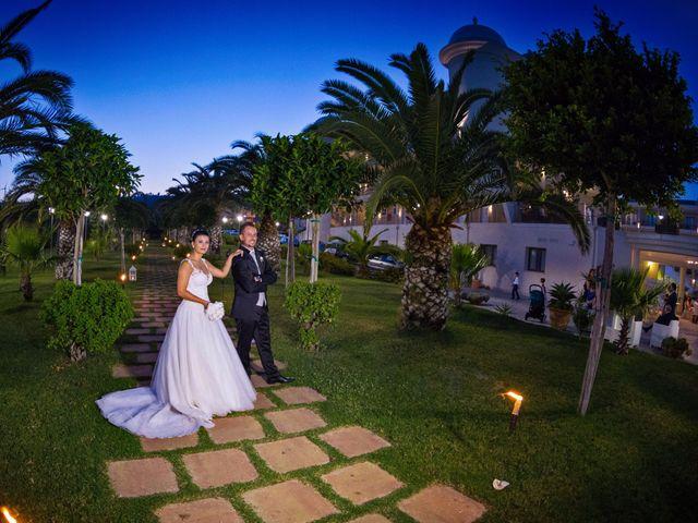 Il matrimonio di Massimo e Sofia a Rocca di Neto, Crotone 30