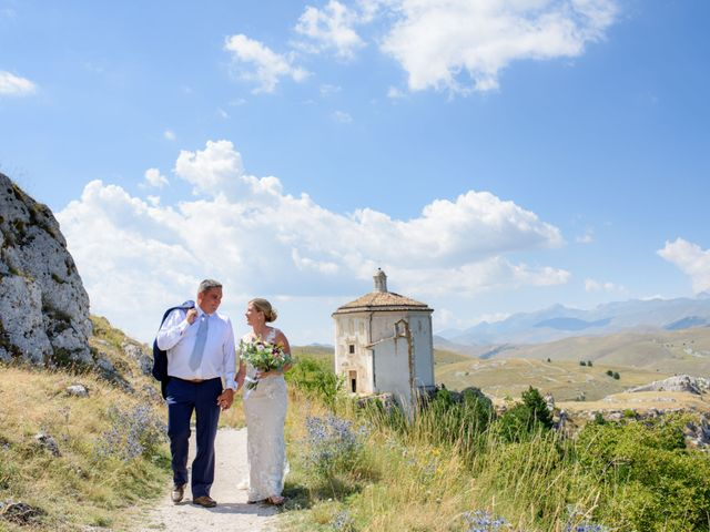 Il matrimonio di Bill e Lisa a Calascio, L'Aquila 10