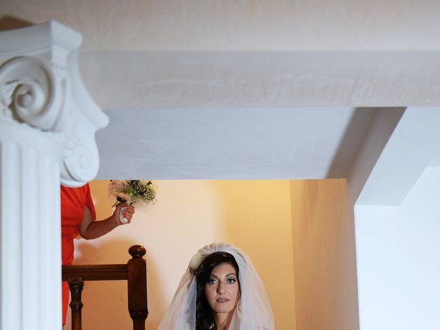 Il matrimonio di Dario e Lizzie a Comacchio, Ferrara 10
