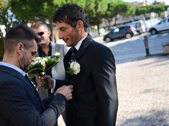 Il matrimonio di Dario e Lizzie a Comacchio, Ferrara 12