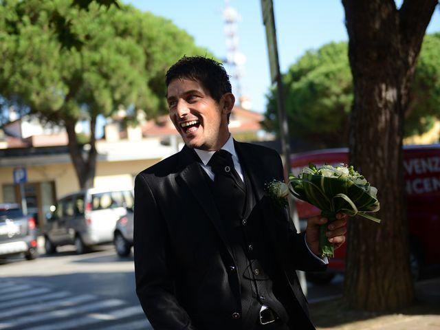Il matrimonio di Dario e Lizzie a Comacchio, Ferrara 13
