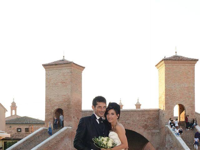 Il matrimonio di Dario e Lizzie a Comacchio, Ferrara 35