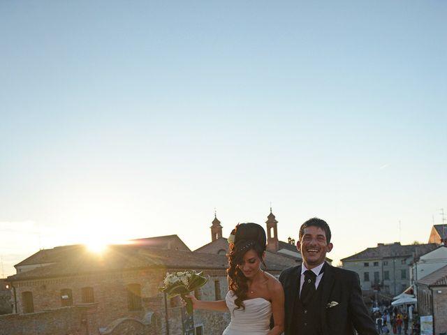 Il matrimonio di Dario e Lizzie a Comacchio, Ferrara 38