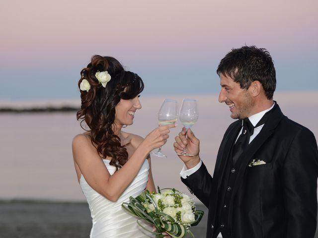 Il matrimonio di Dario e Lizzie a Comacchio, Ferrara 49