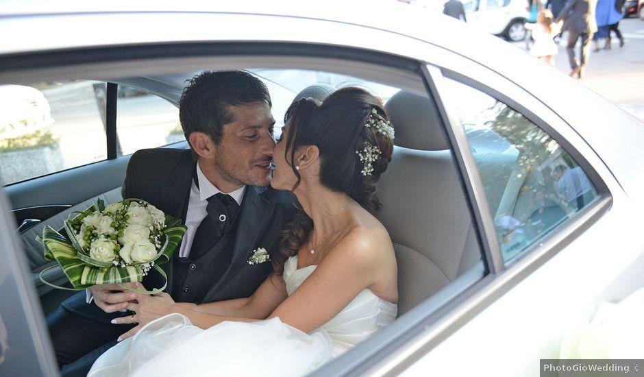 Il matrimonio di Dario e Lizzie a Comacchio, Ferrara