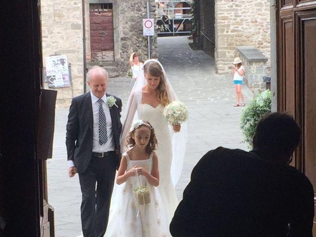 Il matrimonio di Veronica e Francesco a Bagnone, Massa Carrara 8