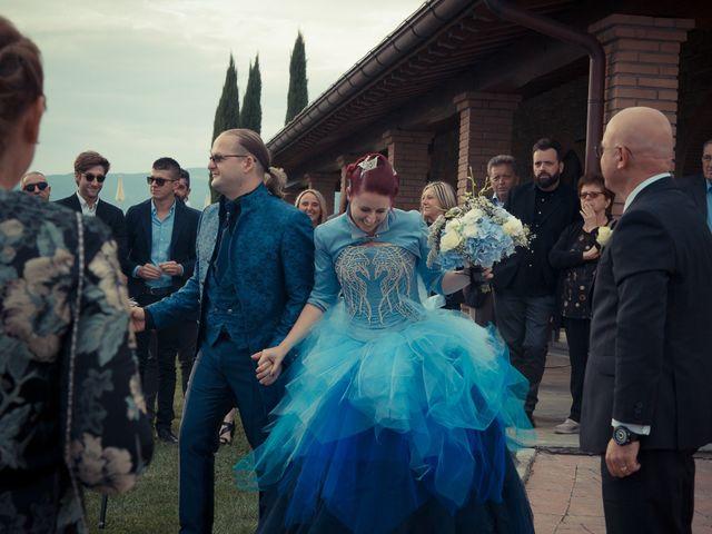Il matrimonio di Costanza e Gianni a Poppi, Arezzo 13