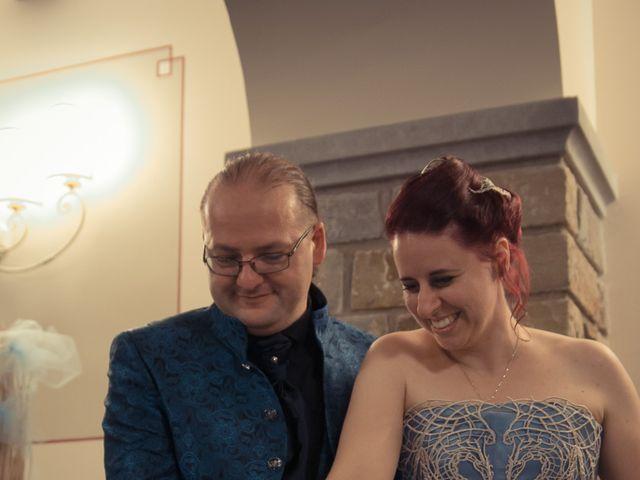 Il matrimonio di Costanza e Gianni a Poppi, Arezzo 30