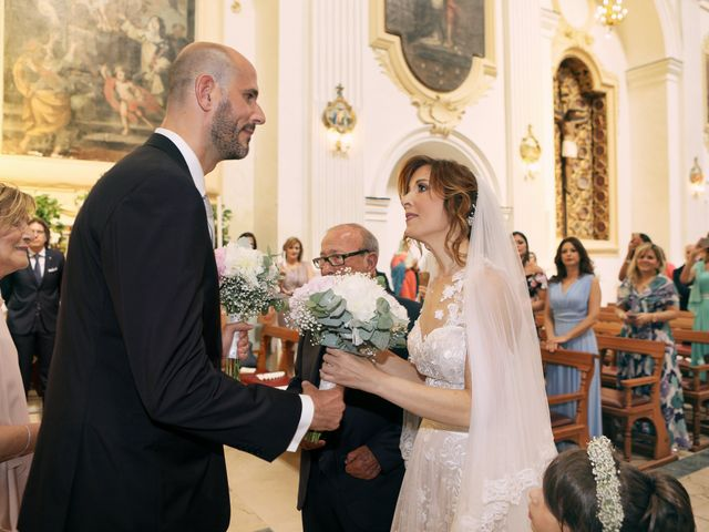 Il matrimonio di Maria e Massimo a Agrigento, Agrigento 23