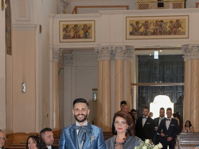 Il matrimonio di Matteo e Tiziana a Manfredonia, Foggia 31