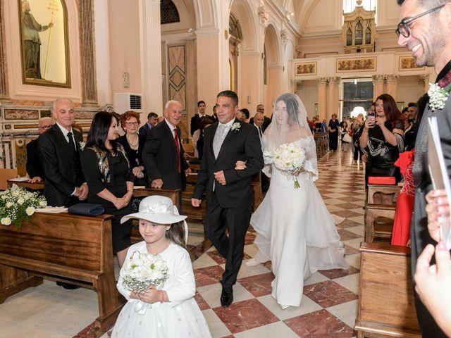 Il matrimonio di Matteo e Tiziana a Manfredonia, Foggia 32