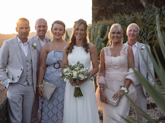 Il matrimonio di Rod e Sharon a Aci Castello, Catania 56