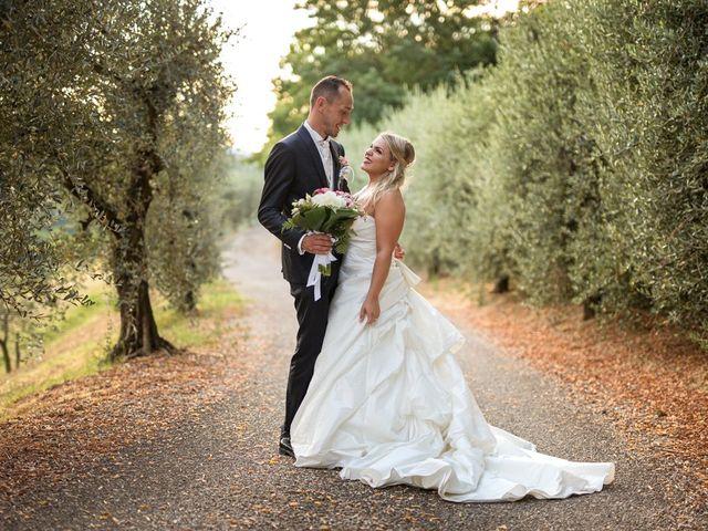 Il matrimonio di Mirco e Sofia a Cesena, Forlì-Cesena 33