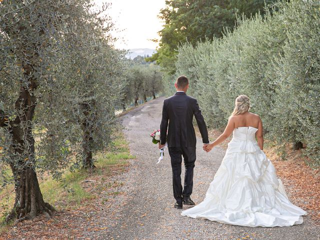 Il matrimonio di Mirco e Sofia a Cesena, Forlì-Cesena 34