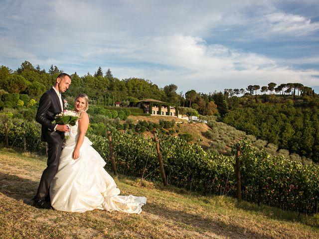 Il matrimonio di Mirco e Sofia a Cesena, Forlì-Cesena 37