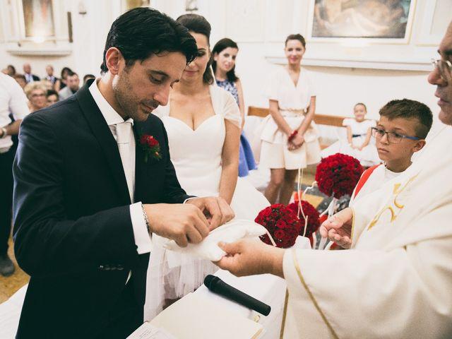 Il matrimonio di Luigi e Francesca a Casalincontrada, Chieti 35