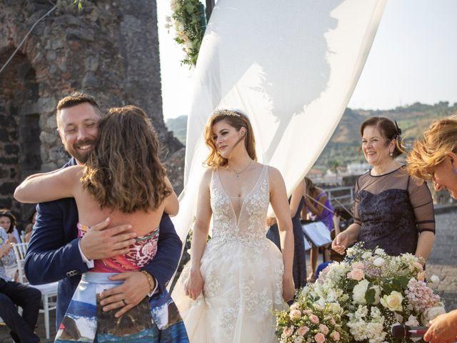 Il matrimonio di Angelo e Raechelle a Aci Castello, Catania 16
