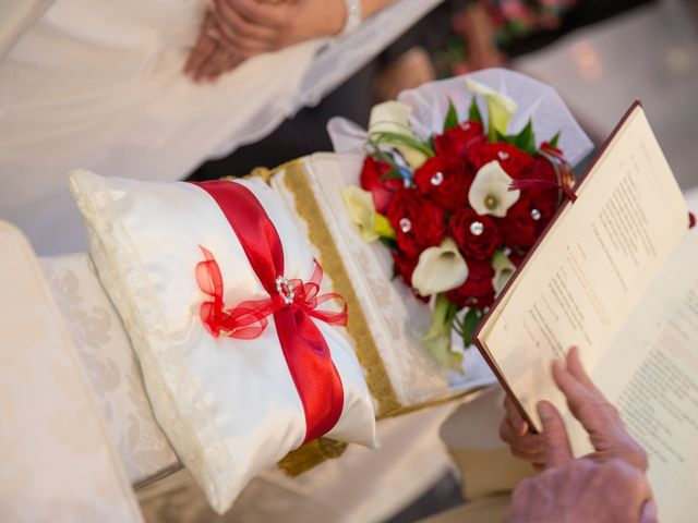 Il matrimonio di Tiziano e Rosaria a San Lazzaro di Savena, Bologna 22
