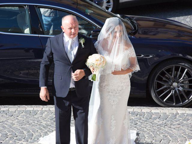 Il matrimonio di Francesco e Elena a Roccadaspide, Salerno 17