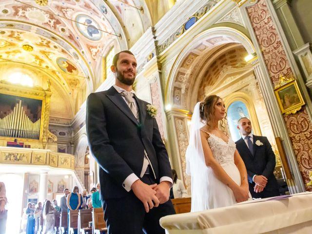 Il matrimonio di Luca e Martina a Castelvetro Piacentino, Piacenza 23