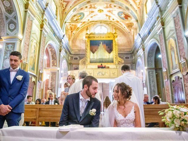 Il matrimonio di Luca e Martina a Castelvetro Piacentino, Piacenza 32