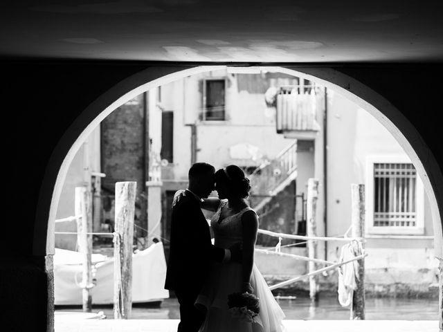 Il matrimonio di Devis e Sara a Chioggia, Venezia 17