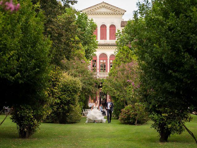 Il matrimonio di Devis e Sara a Chioggia, Venezia 20
