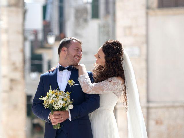 Il matrimonio di Francesco e Silvia a Turi, Bari 18