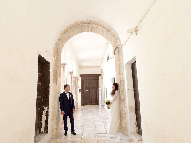 Il matrimonio di Francesco e Silvia a Turi, Bari 21