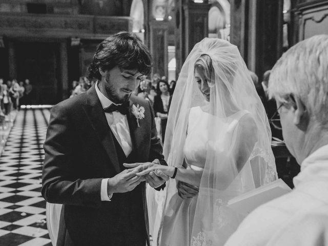Il matrimonio di Marco e Federica a Santa Maria Hoè, Lecco 24