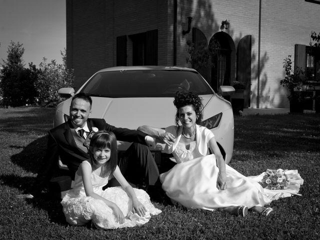 Il matrimonio di Andrea e Valentina a Pieve di Cento, Bologna 31