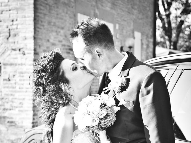 Il matrimonio di Andrea e Valentina a Pieve di Cento, Bologna 36