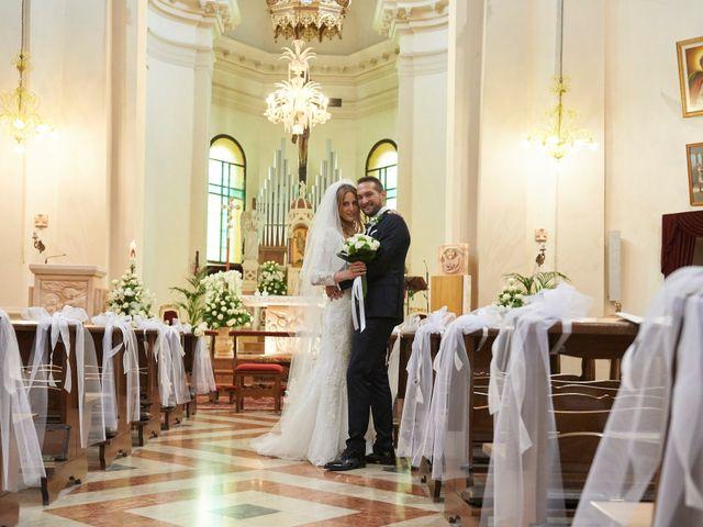 Il matrimonio di Marco e Isabella a Montebelluna, Treviso 11