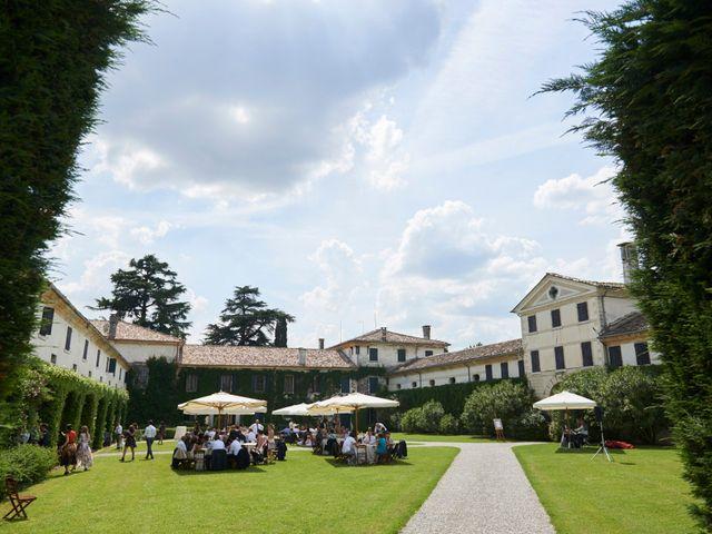 Il matrimonio di Marco e Isabella a Montebelluna, Treviso 21