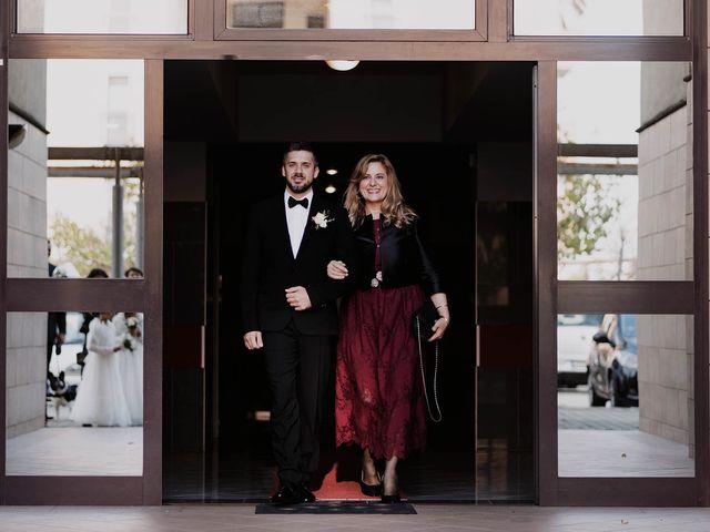 Il matrimonio di Davide e Mary a Pescara, Pescara 17