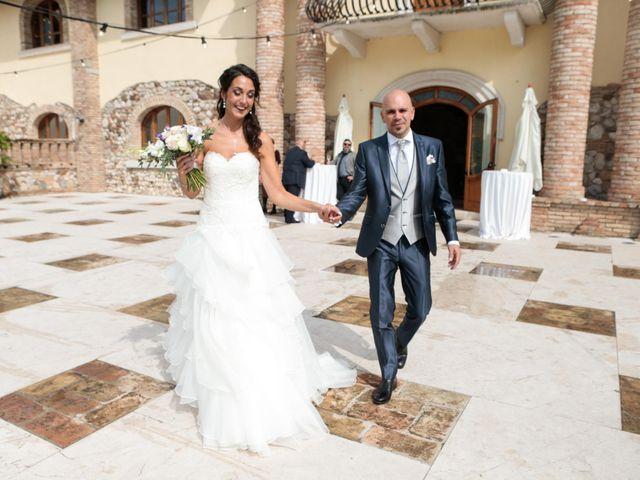 Il matrimonio di Luca e Roberta a Padenghe sul Garda, Brescia 19