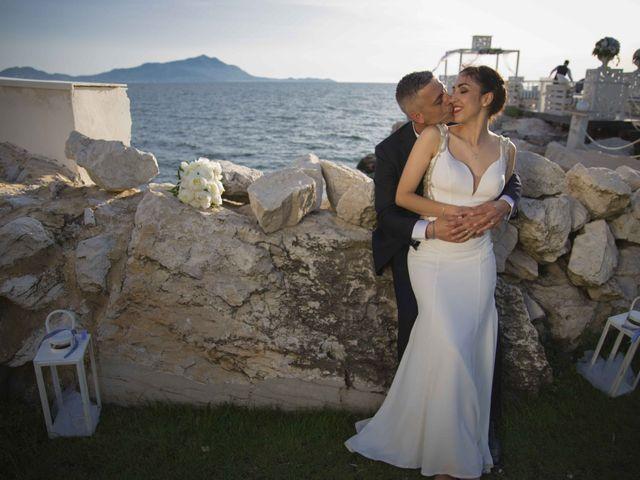 Il matrimonio di Pietro e Romina a Monte di Procida, Napoli 23